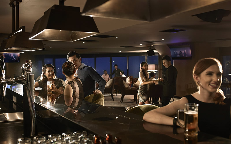 Dining & Entertainment - Bar & Dance