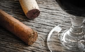 Dining & Entertainment - Wines & Cigars